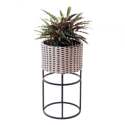 WOVEN PLANTER MEDIUM BLACK AND WHITE